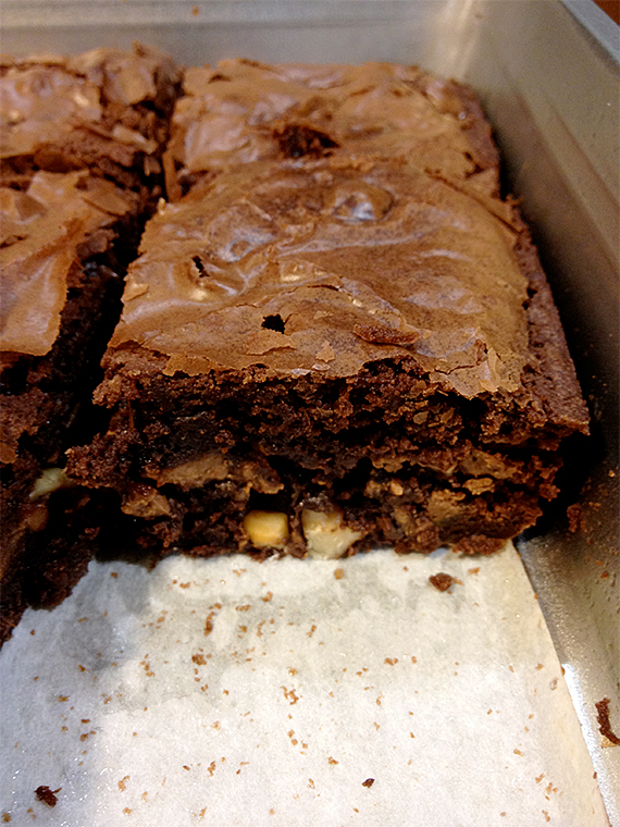 ghirardelli-brownies-my-imperfect-kitchen-09