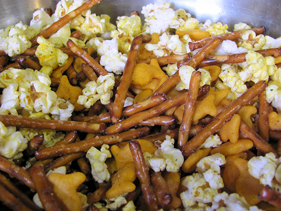 pretzels-popcorn-goldfish-my-imperfect-kitchen-01