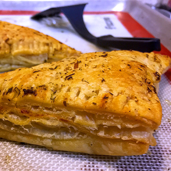 Kerrygold-Pie-Puffs