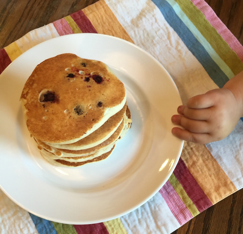 Blueberry Pancakes!  Mini Sous does a guest post!