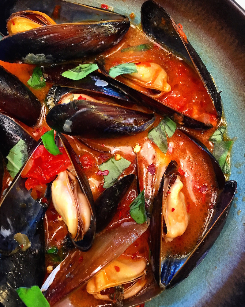Spicy Mussels with Wine and Chorizo