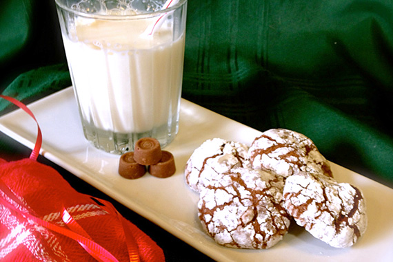 Chocolate Caramel Crackle Surprise Cookies!